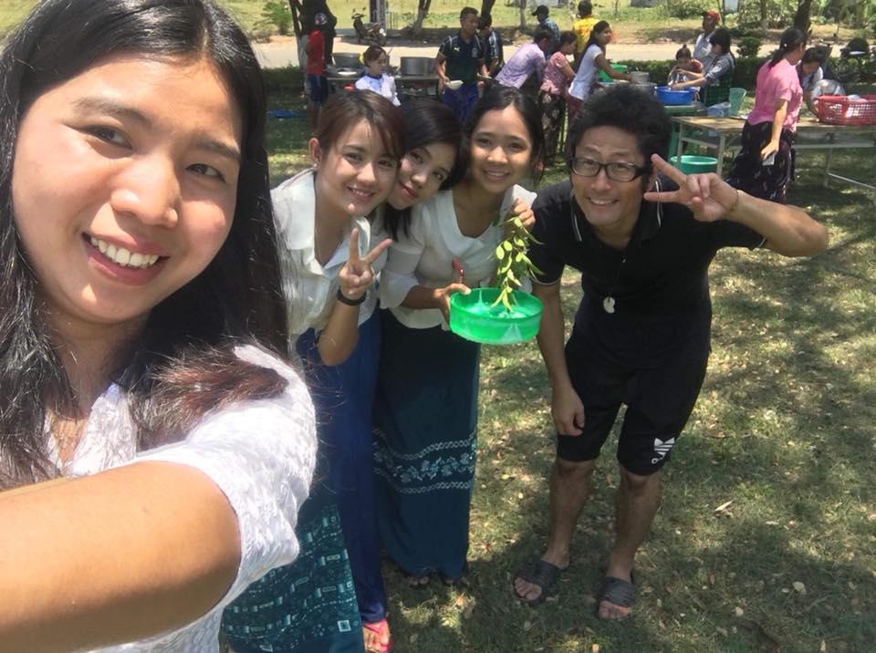 ミャンマー水かけ祭り(ティンジャン)