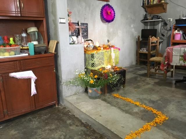 明るく楽しく賑やかなメキシコの「死者の日」