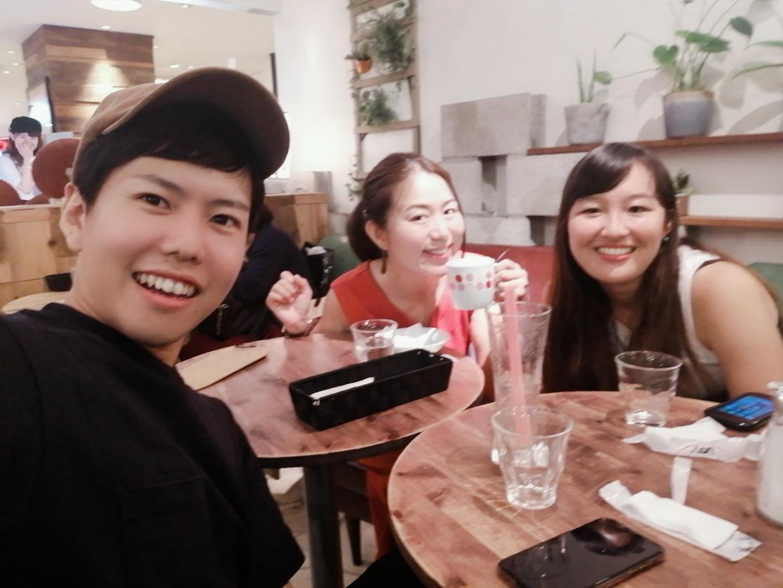 帰国後、私たちは日本人に戻れるのか。