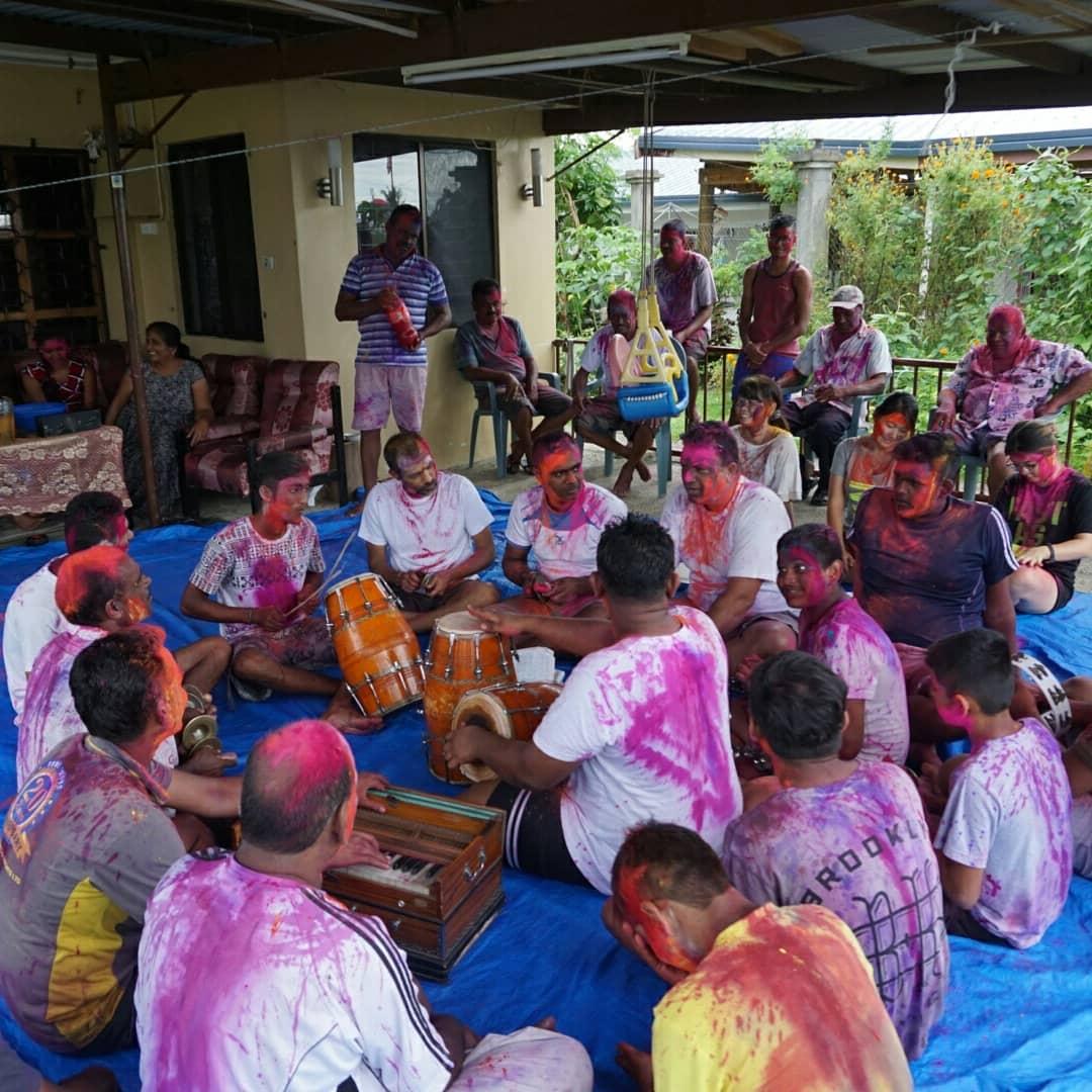 HAPPY HOLY ~ヒンズー教の祭典FES・・・